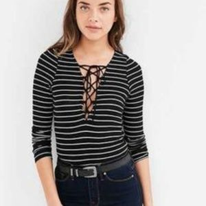 Project Social Tee Urban Outfitters Lace Up Top LG